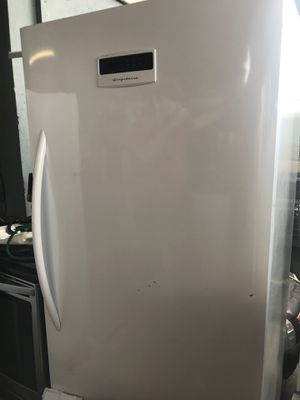 Frigidaire Fridge for Sale in Miami, FL