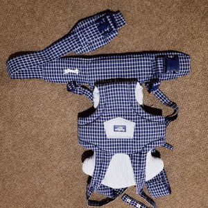 Oshcosh Baby Baby Carrier for Sale in Williamsville, NY