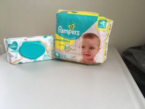 Size 4 pampers for Sale in Springfield, VA