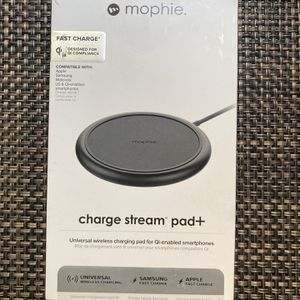 mophie Charge Stream Pad+ - 10W Qi Wireless Charge Pad - Made for Apple iPhone Xr, Xs Max, Xs, X, 8, 8 Plus, iPhone 11 , iPhone 11 Pro,iPhone 11 Pro M for Sale in Carson, CA
