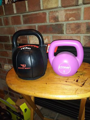 Two kettlebells 10 lb and 5 lb for Sale in Bonney Lake, WA