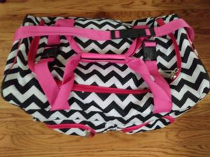 Duffle Bag with Wheels and hide-away Handle for Sale in Vallejo, CA