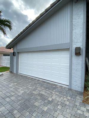 AFFORDABLE HURRICANE IMPACT GARAGE DOORS/ INSTALLED for Sale in Miramar, FL