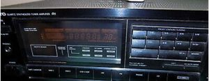ONKYO Quartz Synthesized Tuner Amplifier TX-800 for Sale in Babylon, NY
