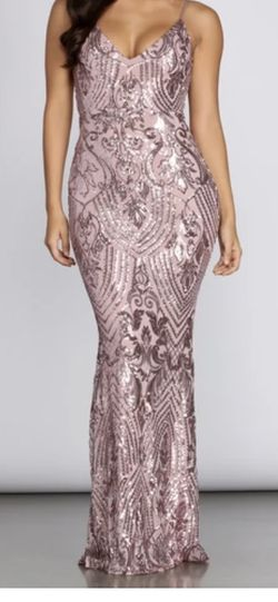 WINDSOR MAUVE SEQUIN DRESS SIZE M for Sale in San Diego,  CA