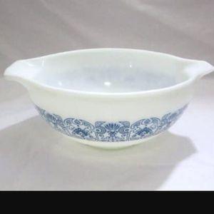 "Vintage 1970s Pyrex"" Blue Horizon"" 2 1/2 Quart Cinderella Mixing Nesting Batter Bowl # 443 for Sale in Loma Linda, CA"