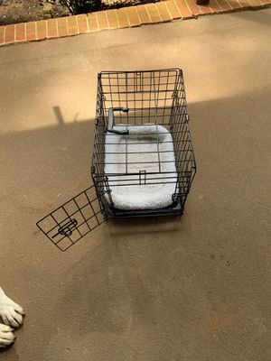 Dog kennel with bed for Sale in Raleigh, NC