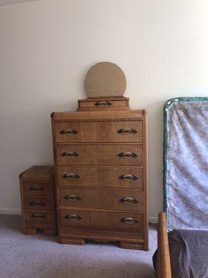Antique Bedroom set / vintage dresser /Art Deco for Sale in Union City, CA