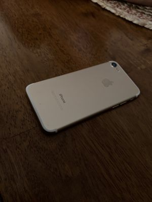 iPhone 7 32 GB for Sale in Canyon Lake, TX