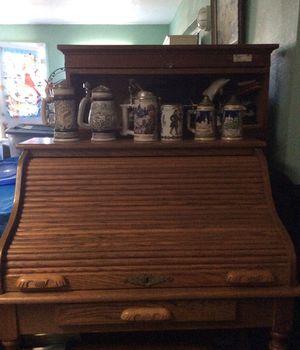 Ashley oak wood secretary desk with key for Sale in Orlando, FL