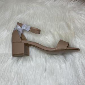 Nude Short Block Heel for Sale in Snohomish, WA