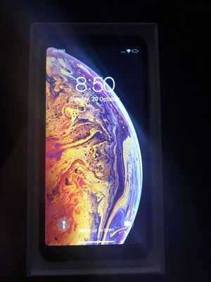 iPhone XS Max(unlocked) for Sale in Virginia Beach, VA