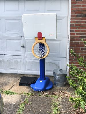 Basketball hoop for Sale in Norfolk, VA