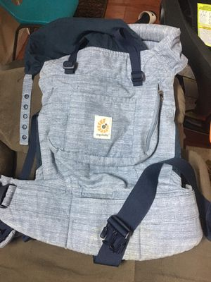 Baby Carrier - ergobaby original baby carrier for Sale in Cupertino, CA