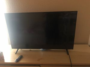 Tcl 43 inch smart 4K tv with roku for Sale in Rialto, CA
