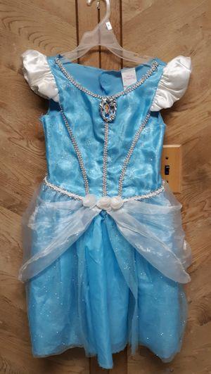 Cinderella Disney's dress size 5/6 small for Sale in Pasadena, TX