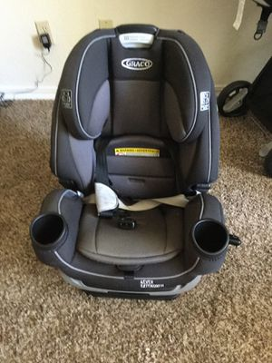 Graco forever extend2fit car seat for Sale in Tulsa, OK