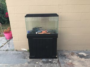 Fish tank 25 galón for Sale in Tampa, FL