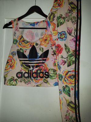 Adidas women's outfit small for Sale in Los Angeles, CA