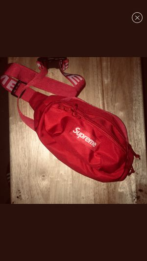 Supreme Fanny pack for Sale in Houston, TX