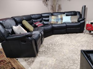 Leather sofa with 2 recliners for Sale in Dublin, OH