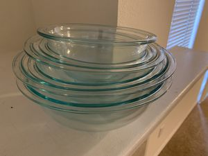5 glass bowl set for Sale in Sumner, WA