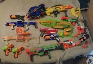 Lot of Nerf guns and a few accessories for Sale in Chandler, AZ