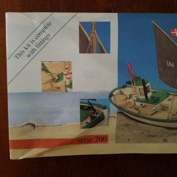 Billing Boats Coastboat Bent 1:16 BB702 Model Boat With Fittings
