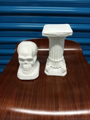 Skulls and towers for Sale in Chicago, IL