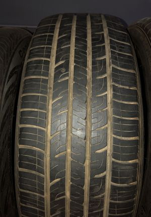 235/60/18 Goodyear tire for Sale in Los Angeles, CA
