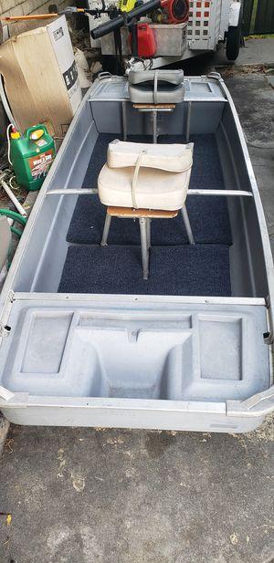 Flat bottom bass jon boat for Sale in Hacienda Heights, CA