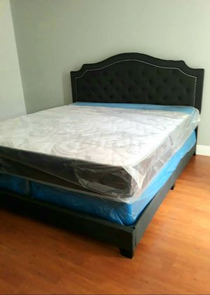 New KING size mattress & BOX spring. Bed frame not included on offer for Sale in West Palm Beach, FL