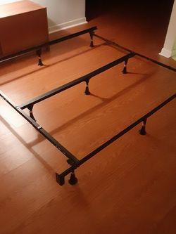 Adjustable Bed Frame Full Or Queen for Sale in Ocala,  FL