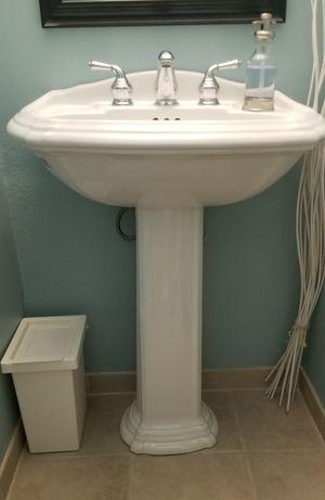 Pedestal Sink for Sale in Everett, WA