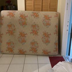 Free Gratis for Sale in Miami,  FL