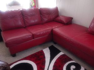 Leather couch like new. No smoke no animals. for Sale in WARRENSVL HTS, OH
