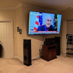 We Mount TVs / we only accept cash/apple Pay, Venmo And Cash App for Sale in Manassas, VA