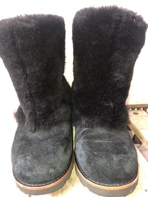 Women's all black Ugg boots for Sale in Orlando, FL
