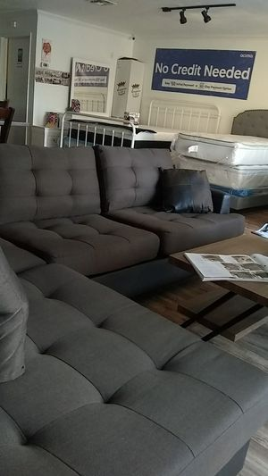 Sofa sectional coffee Co for Sale in Fresno, CA