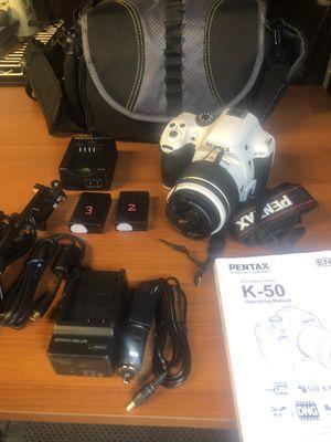 DSLR Pentax K50 camera for Sale in Los Angeles, CA