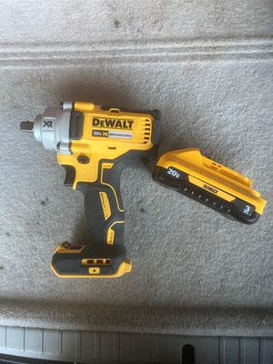 "DeWalt 1/2"" Impact Wrench DCF894 includes 3ah Fuel battery for Sale in Oklahoma City, OK"