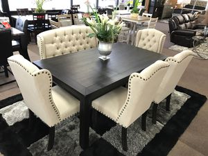 6-pcs dining table on sale @Elegant Furniture 🛋🎈 for Sale in Fresno, CA
