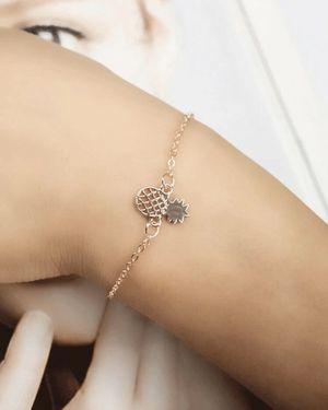 Hollow Pineapple Chain Bracelet 1pc for Sale in Tarpon Springs, FL