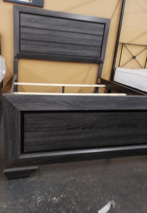 Gray queen size bed frame for Sale in Sacramento, CA