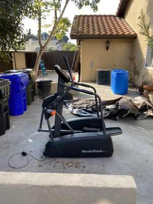 NordicTrack A.C.T. Eliptical for Sale in San Diego, CA