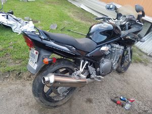 Motorcycle Suzuki 2002 for Sale in Channelview, TX