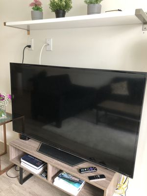 TCL roku tv 55inch for Sale in Tampa, FL