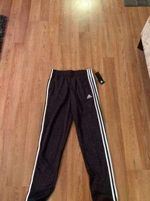 Adidas sweatpants youth large 14-16 for Sale in Fairless Hills, PA