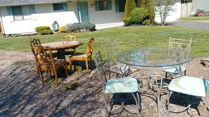 Free dining room tables for Sale in Bonney Lake, WA