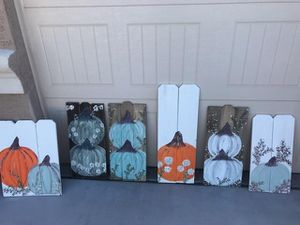 Blanket ladders and Holiday signs!! for Sale in Queen Creek, AZ